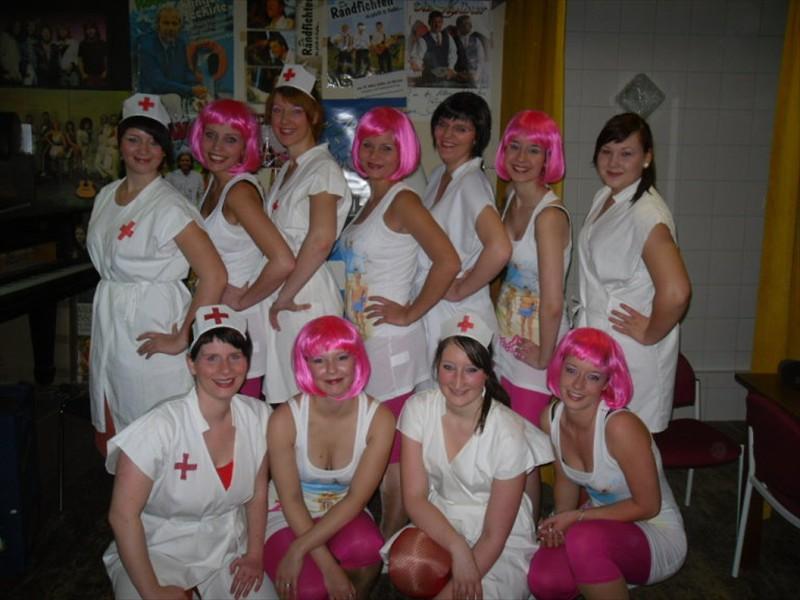 2012-Schwestern